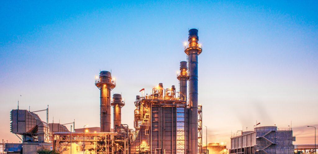 Fotografia d'una fàbrica per il·lustrar l'informe de conjuntura econòmica del tercer trimestre de la Cambra de Barcelona.